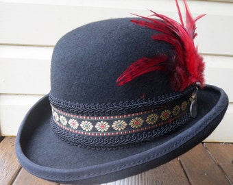 Bowler hat circus feather size 59 Large unisex burlesque steampunk