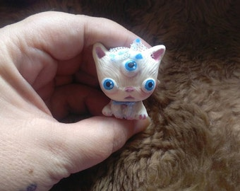 galaxy cat, resin doll. handmade painted G2. shipping free