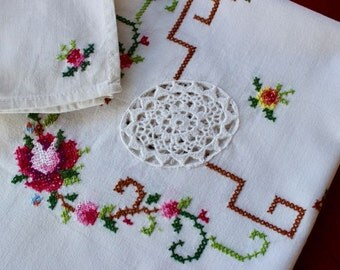 Vintage Linen Tablecloth Topper 6 Napkins Embroidered Cross Stitch Bright Pink Green White