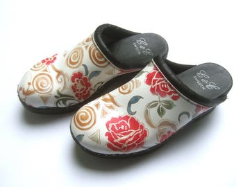 Unique Swedish Floral Leather Clogs Size 39
