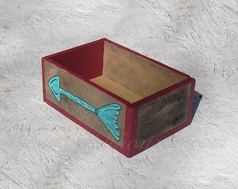 Turquoise Arrow Box Rustic Weathered Wood Red Paint Junk Gypsy Office Dorm Decor Primitive Folk Art Arrow Reclaimed Wooden Home Storage