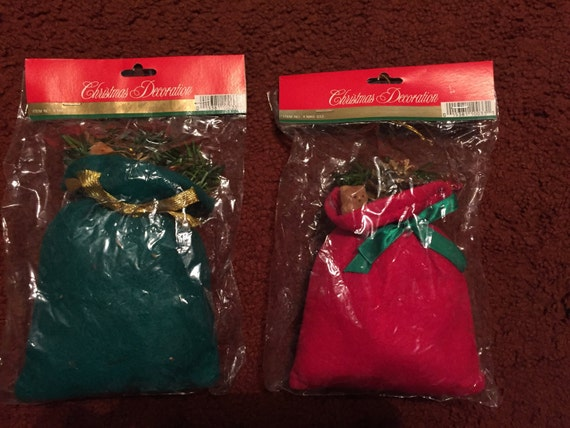 Santa Sack Ornament Green and Red X1