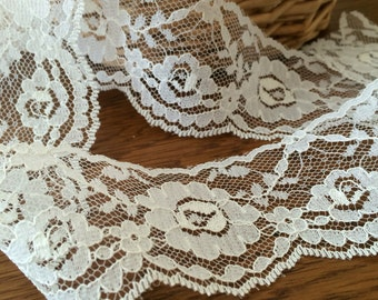 Vintage Cream Lace, Wide Flat Off White Floral Lace, Wedding Dress, Bridal Gown, Flower Bouquets, Cottage Chic Trim - 13 Yards