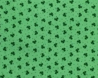 Cotton Fabric / Green Clover Fabric / Vintage Fabric / Green Cotton Fabric / Quilting Fabric / Clover Fabric /