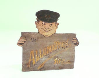French Antique hand made Wooden Match Box c 1916 (A673)