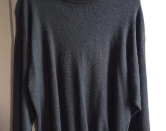 Men's Vintage Clothing / Made in Italy Wool Pullover Sweater / Charcoal Grey 100% Pure New  Merino Wool Sweater