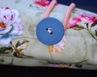 Roses & Butterflies Pen Roll