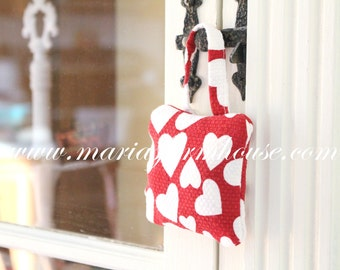 Valentine's Day Gift Inspiration, Aromatherapy, French Dried Hanging Lavender Sachet, Handmade Sachet, Gifts for Her