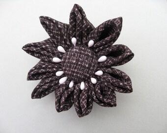 Silk kimono fabric ,tsumugi, flower broach ,#2