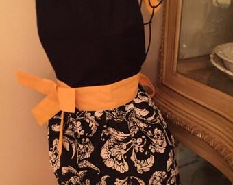 Black Apron | Initial | Black Yellow Apro | Monogram Kitchen Apron | Yellow | Spring Shabby Chic | Easter Apron | Full Half Apron | Gift