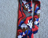 Disney character Donald Duck neck tie red blue gray polyester!
