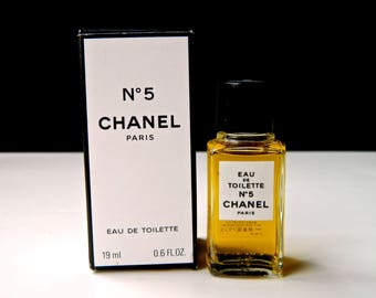 Vintage Chanel No 5 Perfume Eau de Toilette 19 ml .66 oz Asian Trade Fresh and Full in OriginalBox