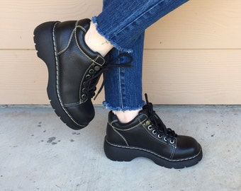 90's Grunge Chunky Vegan Faux Leather Grunge Combat Boots // Women's size 7