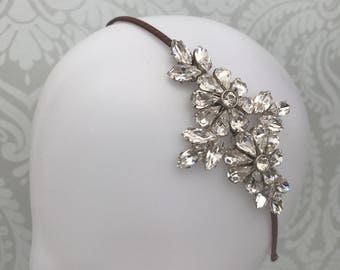 Bridal headband  - Wedding Headband - Bridal hair accessory - Side tiara - Silver headdress - Crystal headband - Hair accessory