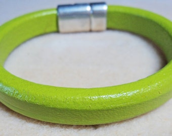 Chartreuse Plain Leather Bracelet
