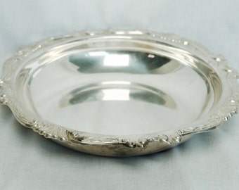 Vintage silver plate bowl…large silver plate bowl…silver plate serving bowl.