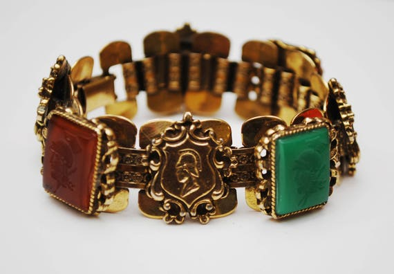 Book Chain Link Bracelet - Roman head - Glass Cameo Intaglio - gold plated - Black Green Carnelian Red carved glass -  vintage link bangle