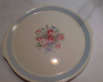 Lovely Cottage Styled Vintage Cake Plate