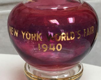New York 1939 World's Fair Posy Vase Red Cranberry Flash Glass New York Worlds Fair Collectible from 1940