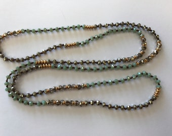 "Beaded necklace, around 36"", about 4mm thick, 1 pc, mint/smoky"