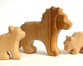 Wooden Lion, Lion Family, Lion with two cubs, Wooden animals, Waldorf Toys