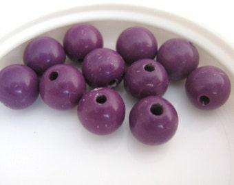 7mm Round Purple Vintage Lucite Bead 24pcs