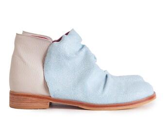 Botineta Craquel - Light blue leather boots - Handmade by Quiero June - Free shipping
