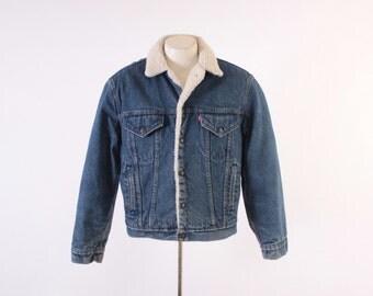Vintage 80s LEVI'S JACKET / Vintage 1980s Dark Blue Sherpa Lined Denim Jean Trucker Jacket M