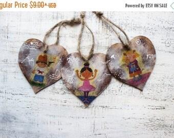 FLASH SALE Kids wooden heart ornaments baby shower gift for teacher mom nursery decor for children