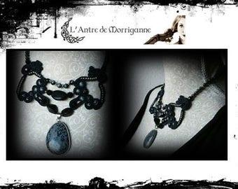 Belle de Nuit Necklace