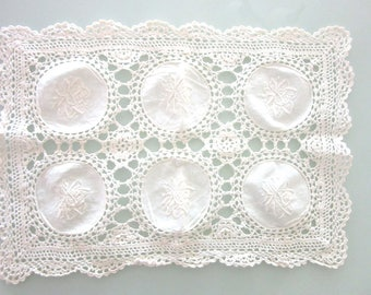 Crochet Lace & Whitework Table Runner Dresser Scarf Placemat Doily 15 x 10.5 Inches