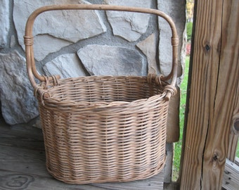 Wicker Basket-Vintage Basket-Tall Basket-Vintage Wicker Basket-Wedding Card Basket-Baby Shower Card Holder-Woven basket-Long Handled Basket