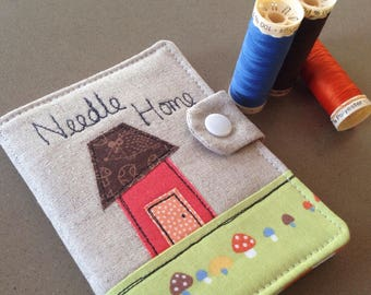 Handmade sewing needle case, linen appliqué needle holder, gift for sewer, crafter, quilter, needle house, one of a kind sewing gift