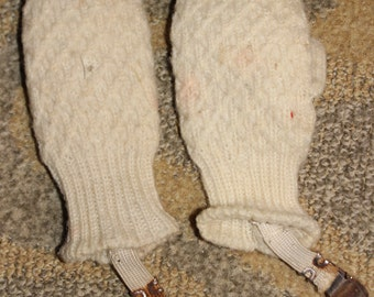 Vintage Late Toddler-to-Early Child Hand Knit Mittens