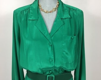 1970's Vintage Green Long Sleeve Button Front Dress
