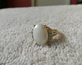 Vintage Ring 18kt G.e. large pearl cabochon ring size 6.5