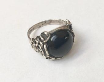 vintage black onyx flower ring, size 7.5