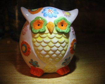 Hoot Owl Bank, Vintage Colors Ceramic Flowers, green orange blue hippy kitschy
