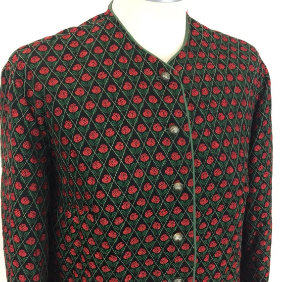 Vintage rose embroidery jacket quilted satin embroidered light coat green trim Bavarian classic Tiroli boxy UK 12 14 handmade gothic folk
