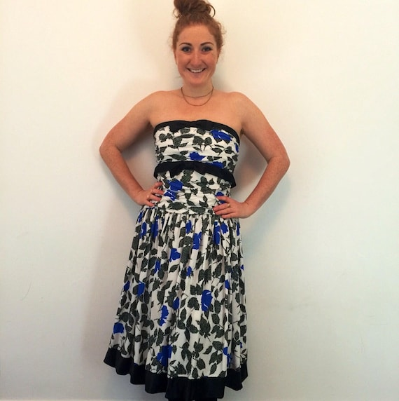 vintage rose print dress 1950s style boned bustier flared skirt bow details UK 14 pin up party 50s look prom rock n roll