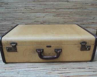 Vintage Mendel Cincinnati Tan Suitcase Old Luggage Satin Lined