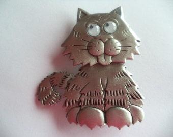 Vintage Signed JJ Silver pewter Google Eyes Wobble Headed Cat Brooch/Pin