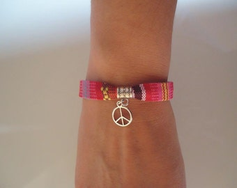 Ethnic multicolor bracelet with a peace and love charm - Gypsy chic jewelry - Bohemian style