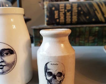 Vintage small Victorian skull pot with decal