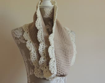 Handmade chunky infinity scarf/cowl with lacy edges  ecru/camel