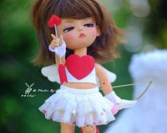 Lati Yellow outfit A little Cupid