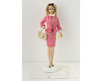 Preferably Pink Barbie doll - Silkstone - to buy