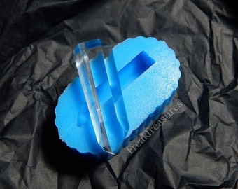 Rubber silicone crystal quartz mold for resin casting. CM15