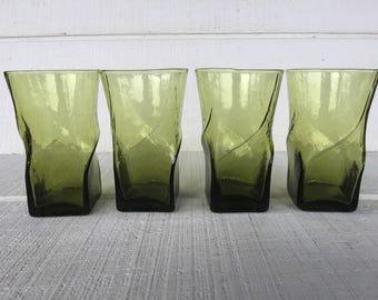 Vintage Avocado Green Glasses, Retro Wavy Water Tumblers, Green Glassware, Square bottom Green Tumblers, Vintage Anchor Hocking Drinkware