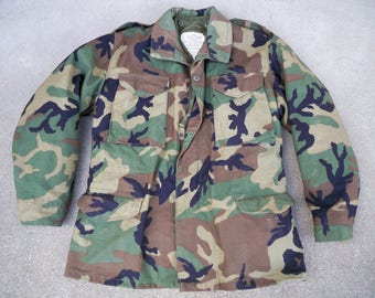 Vintage 1985 Camouflage Camo U.S. Army Hooded Field Coat Jacket Size Medium Regular Made in USA